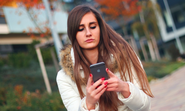 Cellphones Have Been Officially Recognized as Causing Brain Cancer: Here Are Some Ways to Keep Yourself Safe